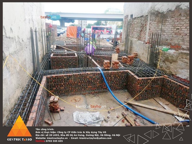 thi-cong-showroom-van-phong-ket-hop-nha-o-chi-van-4